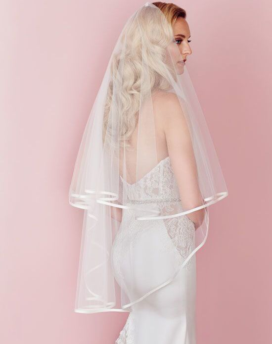Paloma Blanca Veils Collection V457F Ivory, Champagne Headband