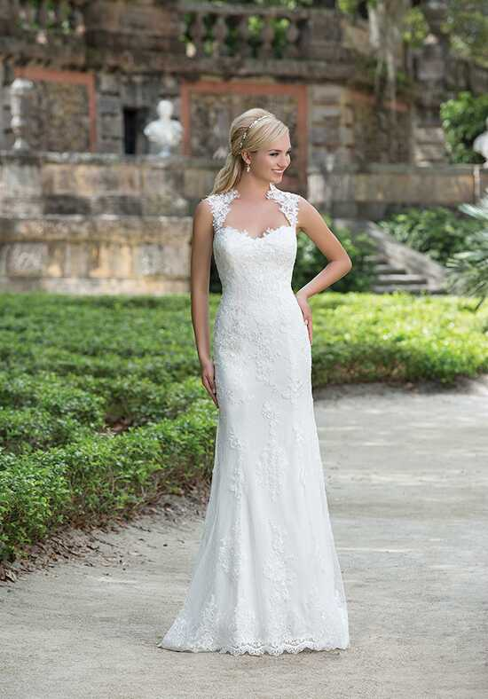 Sincerity Bridal 3885 Wedding Dress photo