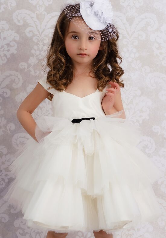 FATTIEPIE Once Upon A Time Ivory Flower Girl Dress