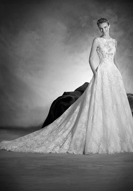 PRONOVIAS NAIARA Ball Gown Wedding Dress