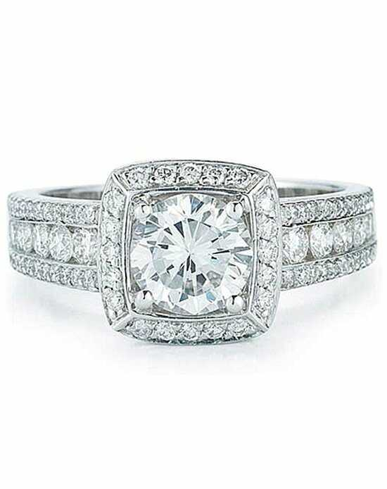 Since1910 Glamorous Round Cut Engagement Ring