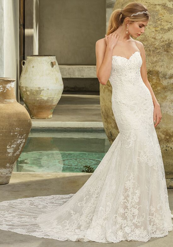 Casablanca Bridal Style 2294 Avery Mermaid Wedding Dress