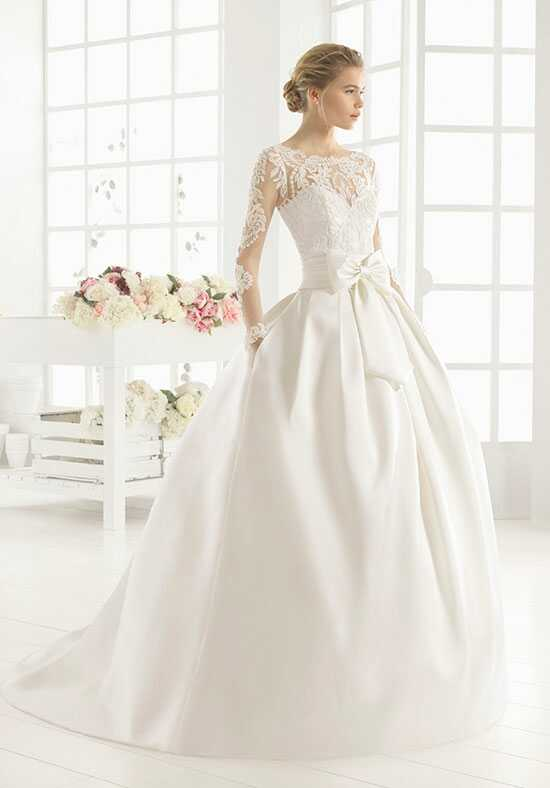 Aire Barcelona MIDAS Wedding Dress photo