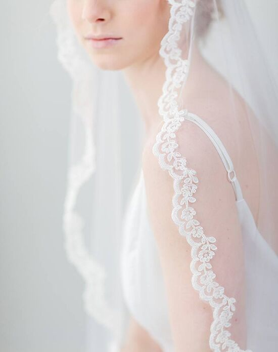 Davie & Chiyo | Hair Accessories & Veils Briony Veil Ivory Veil