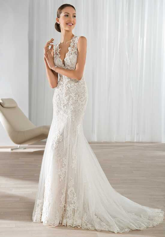 Demetrios 595 Wedding Dress photo